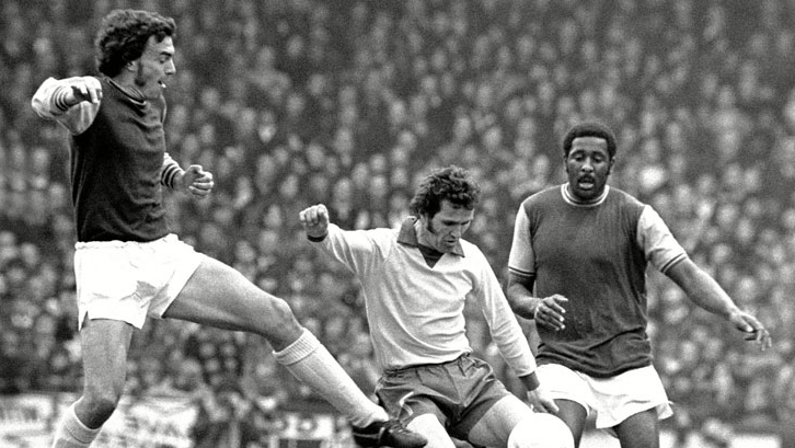 Clyde and Sir Trevor battle with Southampton's Terry Paine in April 1973
