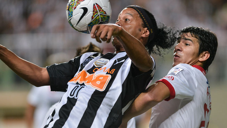 Facing Ronaldinho during his successful spell with Nacional