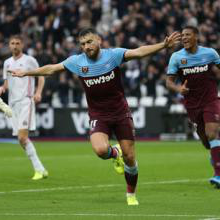 Robert Snodgrass celebrates