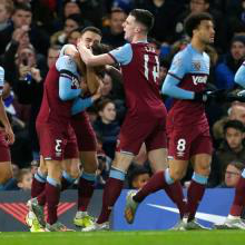 West Ham celebrate their goal at Chelsea