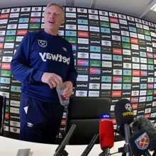 David Moyes' first day back at 新万博体育