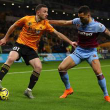 Ryan Fredericks defends against Diogo Jota