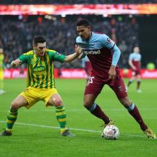 Sebastien Haller in action against West Brom