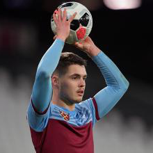 Gonçalo Cardoso playing for West Ham U23s