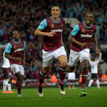 Reid celebrates at the Boleyn Ground