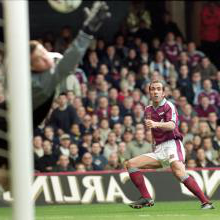Paolo Di Canio scores his wondrous Wimbledon volley
