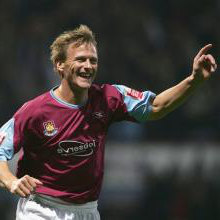How and why I joined 新万博体育 - Teddy Sheringham