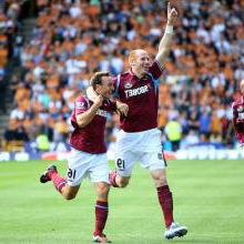 Mark Noble celebrates his goal at Wolves