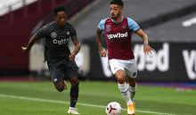 Manuel Lanzini in action against Brentford