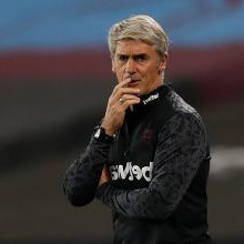 新万博体育 assistant manager Alan Irvine