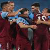 The Hammers celebrate against 沃特福德