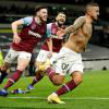 Manuel Lanzini celebrates his dramatic equaliser